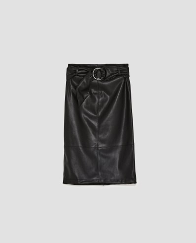https://www.zara.com/be/fr/femme/jupes/tout-voir/jupe-effet-cuir-avec-ceinture-c733908p4807546.html