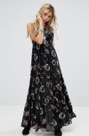 http://www.asos.fr/free-people/free-people-garden-party-robe-longue-a-imprime/prd/8174122?clr=combonoir&SearchQuery=&cid=9979&pgesize=204&pge=0&totalstyles=241&gridsize=4&gridrow=32&gridcolumn=1