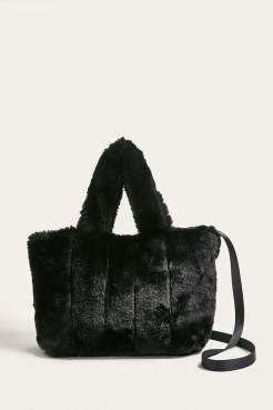 https://www.urbanoutfitters.com/fr-fr/shop/uo-faux-fur-mini-crossbody-tote-bag?category=new-in-womens-clothing&color=001