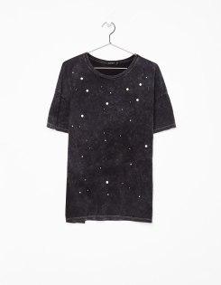 https://www.bershka.com/be/femme/*vendredi-noir/tout-voir-*vendredi-noir/t-shirt-avec-perles-c1010240163p101227019.html?colorId=812