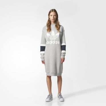 https://www.adidas.be/trefoil-crew-dress/BS4347.html