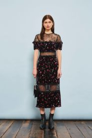 http://eu.topshop.com/en/tseu/product/sale-6923953/shop-all-black-friday-offers-7181251/print-velvet-midi-dress-7152580?bi=0&ps=20
