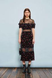 http://eu.topshop.com/en/tseu/product/sale-6923953/shop-all-black-friday-offers-7181251/print-velvet-midi-dress-7152580?bi=0&ps=20