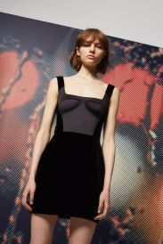 http://eu.topshop.com/en/tseu/product/sale-6923953/shop-all-black-friday-offers-7181251/velvet-dress-6972798?bi=496&ps=20http://eu.topshop.com/en/tseu/product/sale-6923953/shop-all-black-friday-offers-7181251/moto-studded-denim-mini-skirt-6909619?bi=553&ps=20