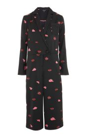 http://eu.topshop.com/en/tseu/product/sale-6923953/shop-all-black-friday-offers-7181251/lips-print-pyjama-jumpsuit-7082540?bi=154&ps=20