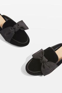 http://eu.topshop.com/en/tseu/product/sale-6923953/shop-all-black-friday-offers-7181251/luna-bow-loafers-6982611?bi=211&ps=20