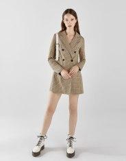 https://www.bershka.com/be/femme/black-friday/-30%25-black-friday/veste-tailleur-type-robe-%C3%A0-carreaux-c1010263535p101716046.html?colorId=300