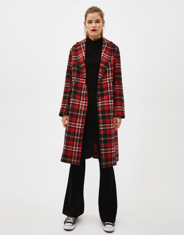 https://www.bershka.com/be/femme/black-friday/-50%25-black-friday/manteau-%C3%A0-carreaux-c1010263534p101543594.html?colorId=601