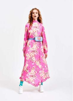 https://www.essentiel-antwerp.com/be_fr/women/pre-spring-collection/sza-robe-s2cr