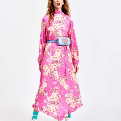 https://www.essentiel-antwerp.com/be_fr/women/pre-spring-collection/sza-robe-s2cr