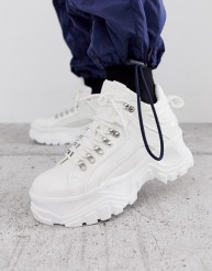 https://www.asos.com/buffalo/buffalo-fina-hiking-detail-ankle-boots-in-white/prd/11838309?ctaRef=my%20orders